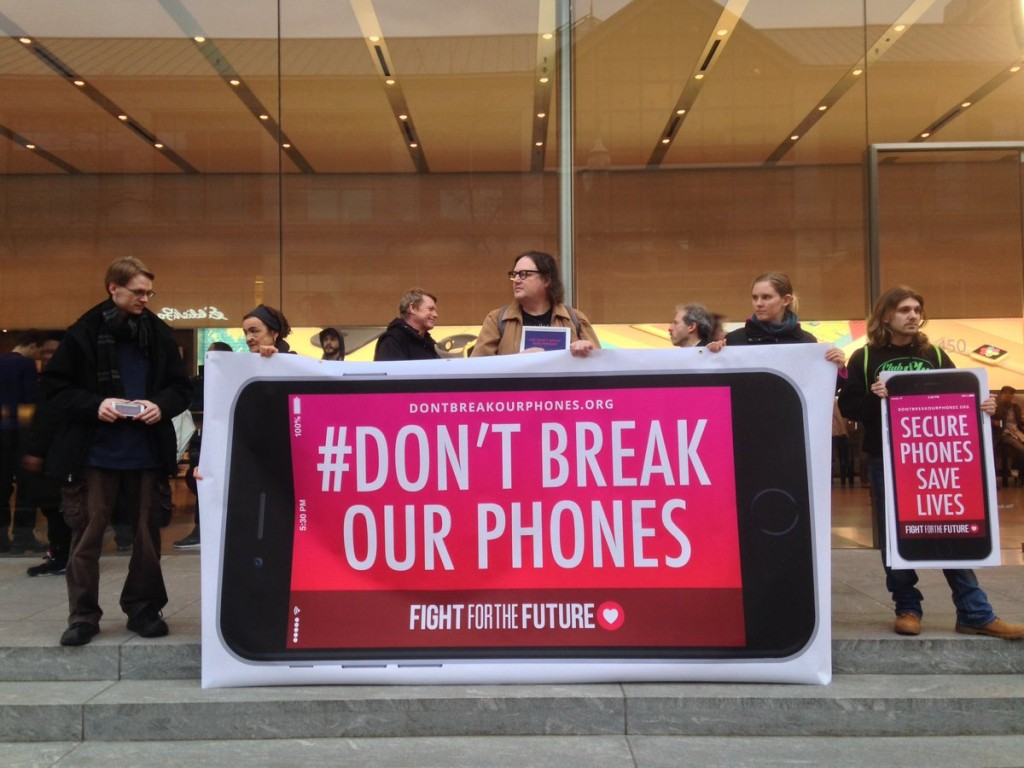 Apple Vs FBI protest
